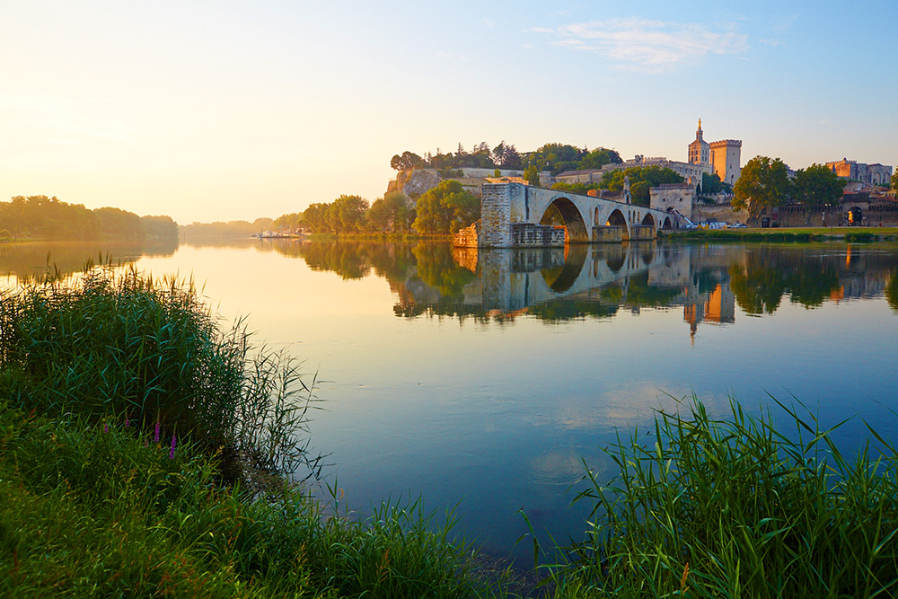 Avignon lever de soleil
