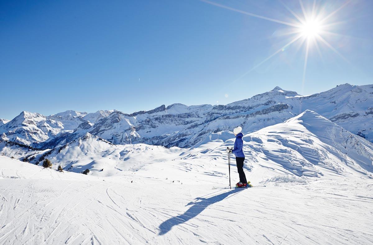 skier-aux-diablerets-villars-gryon