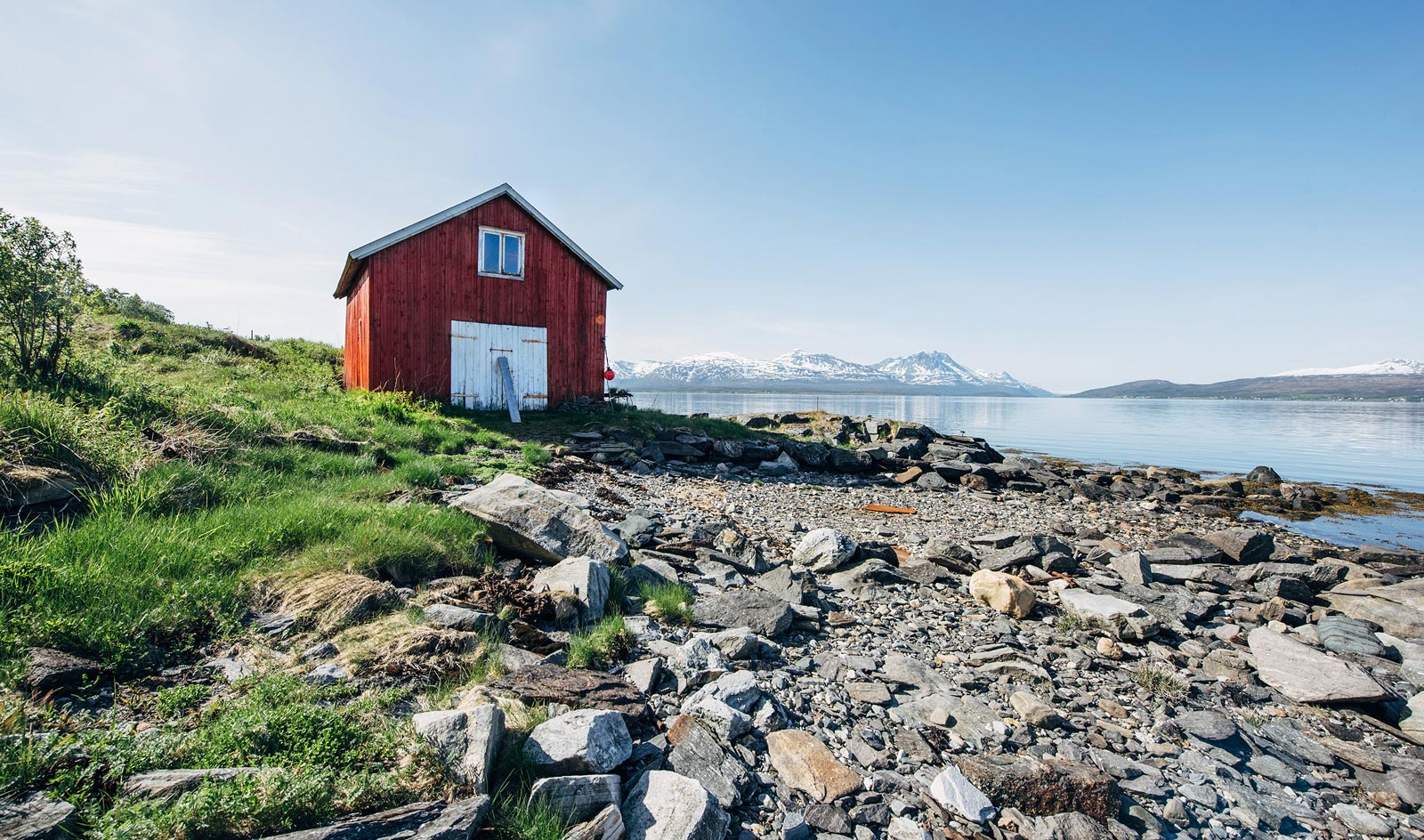 Maison rouge norvege tromso