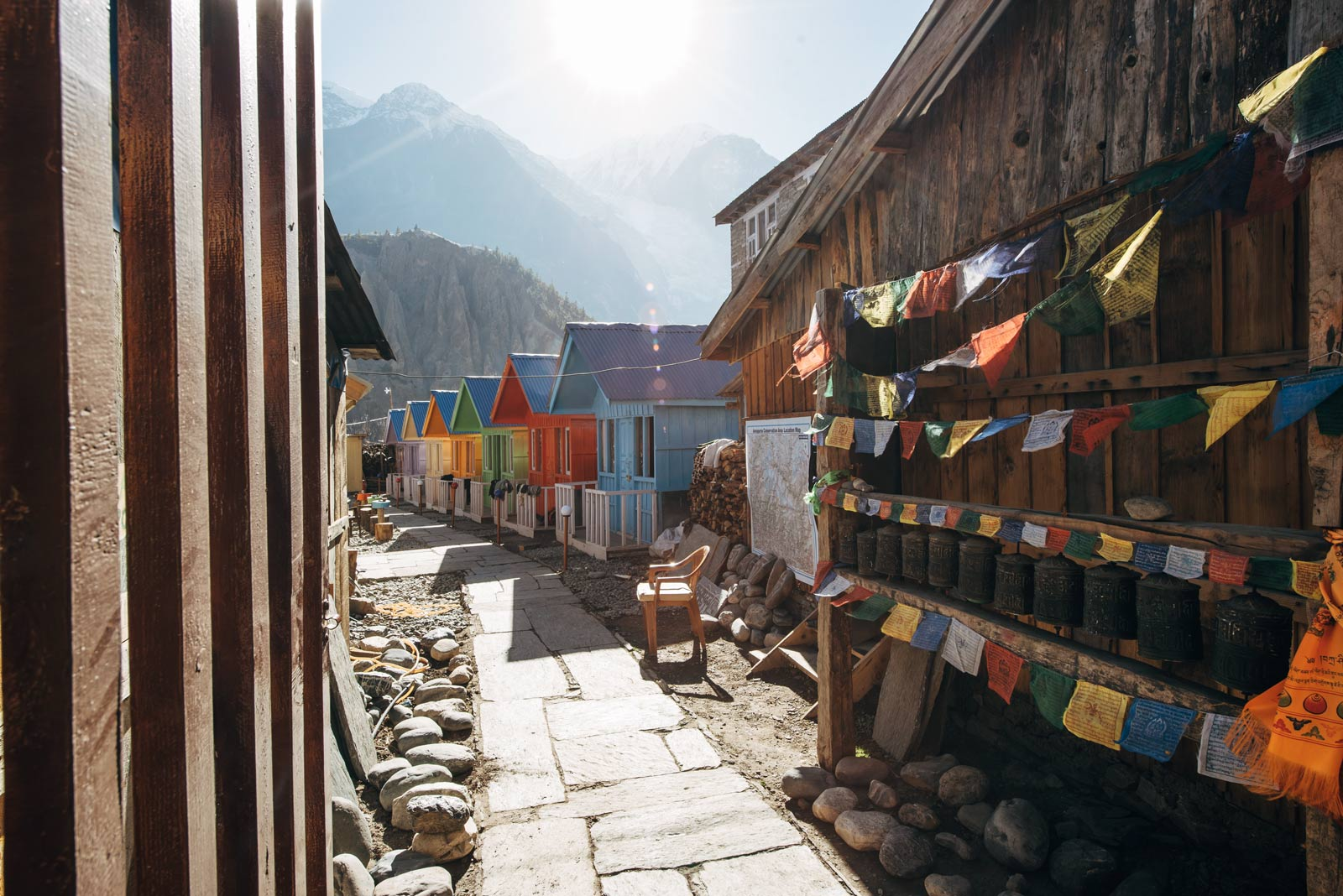 hotel manang nepal refuge lodge