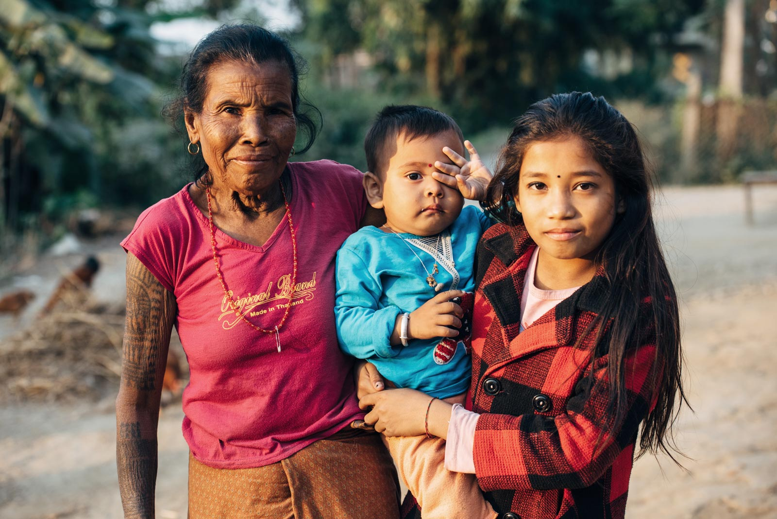 rencontre avec les tribu tharu népal
