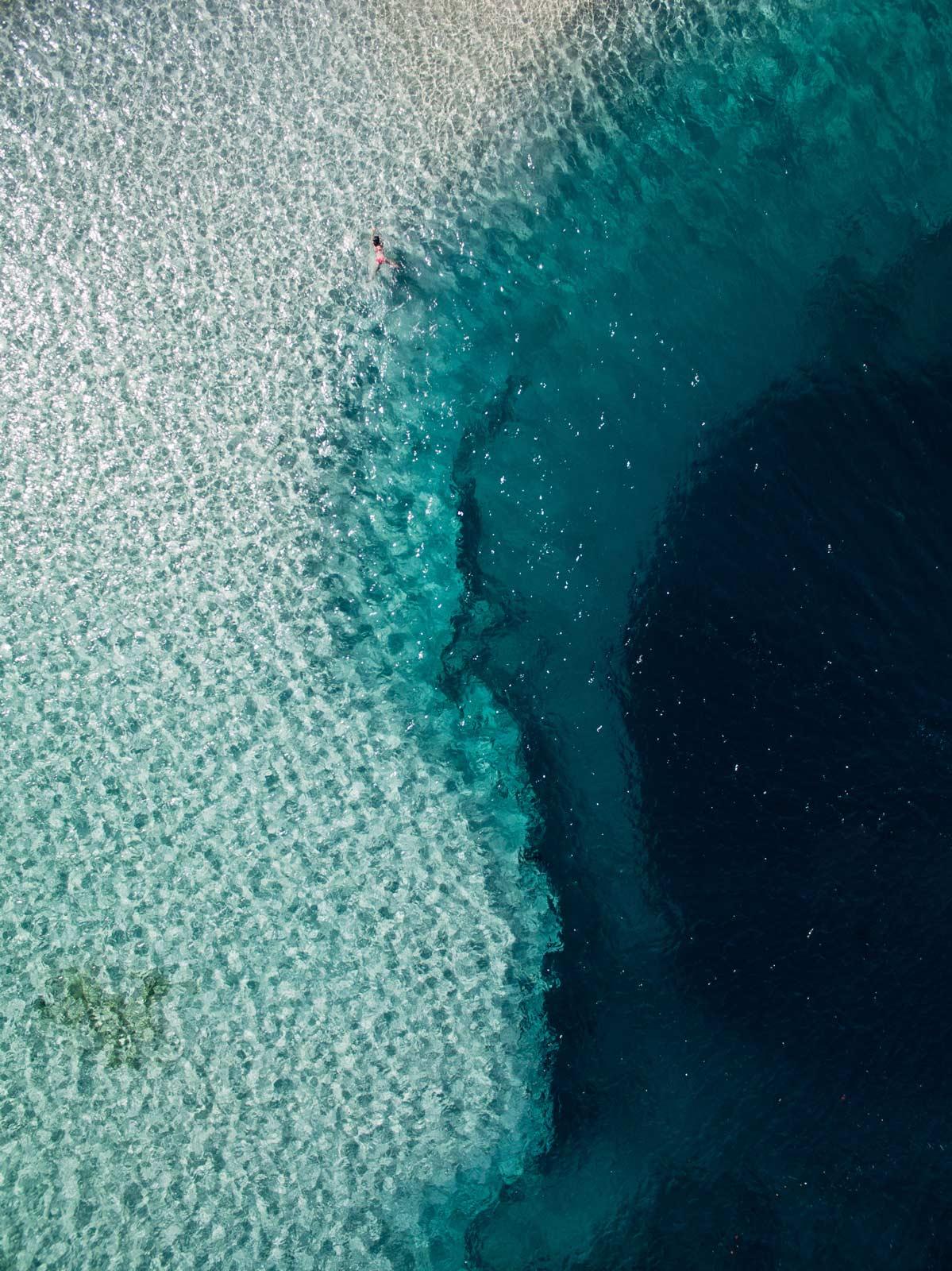 deans blue hole bahamas