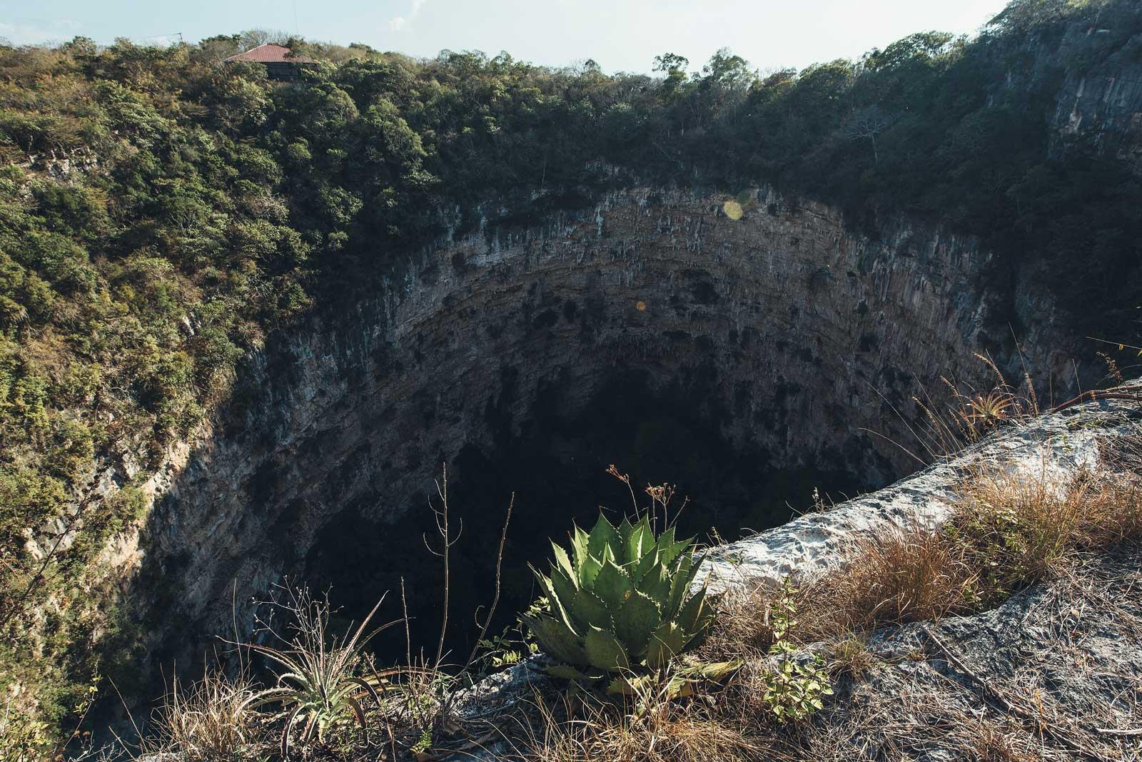 Trou dans la Terre: Sima de las Cotorras, Chiapas