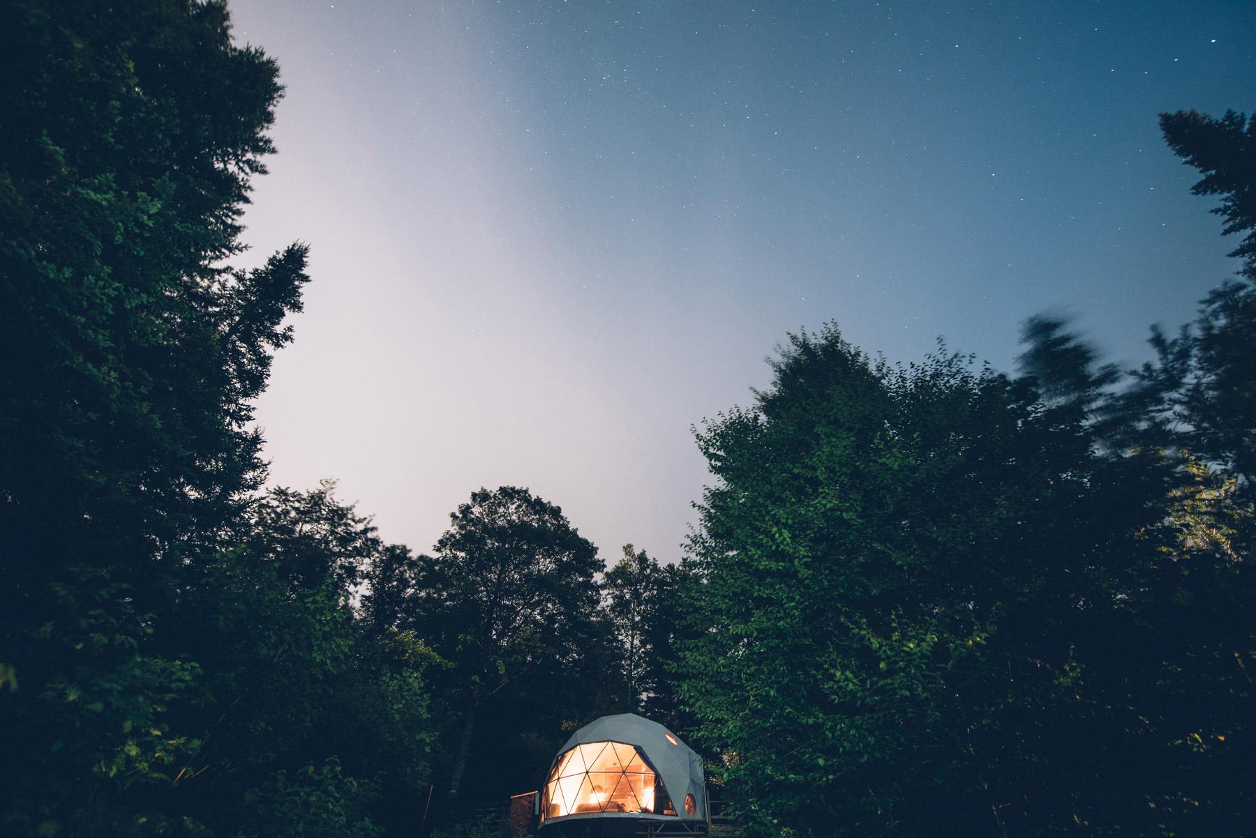 Dormir dans un dome sous les étoiles au Canada