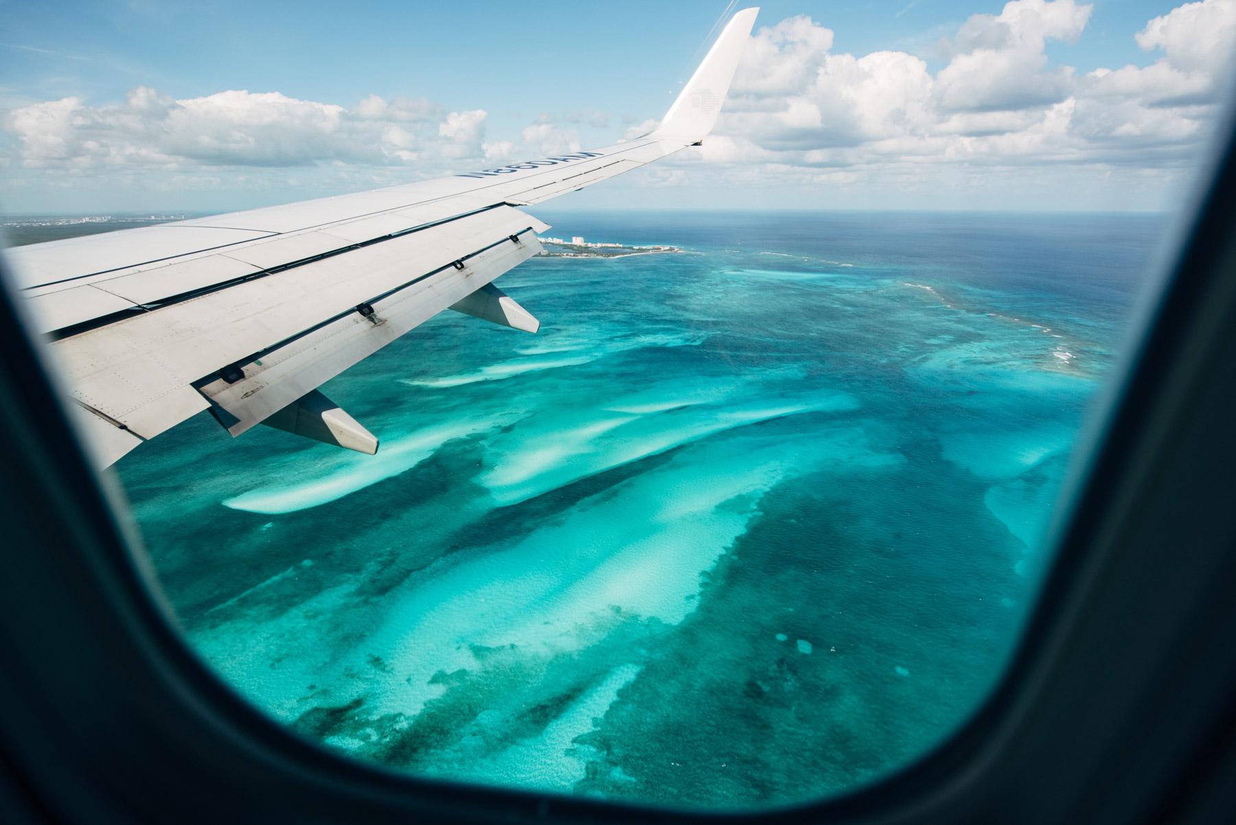 Avion Cancun