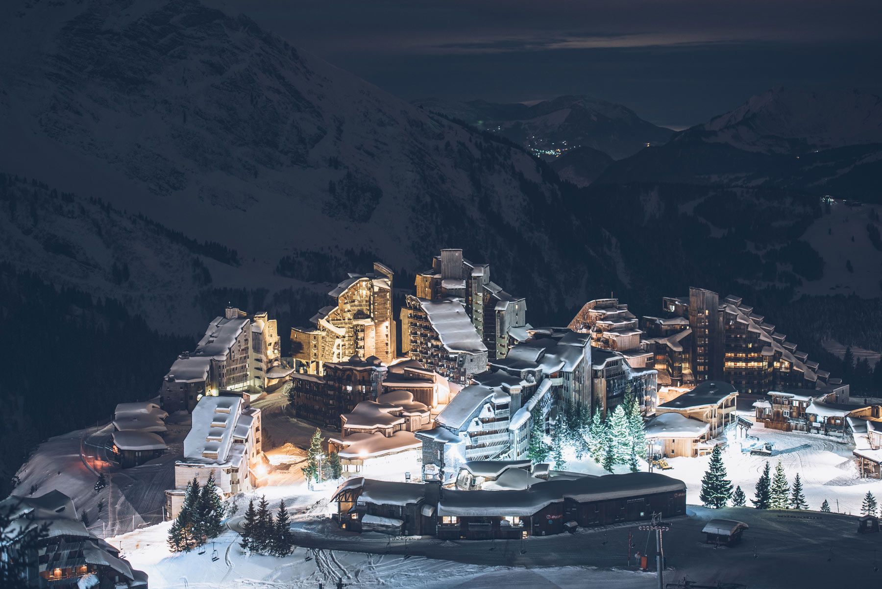 Avoriaz by Night