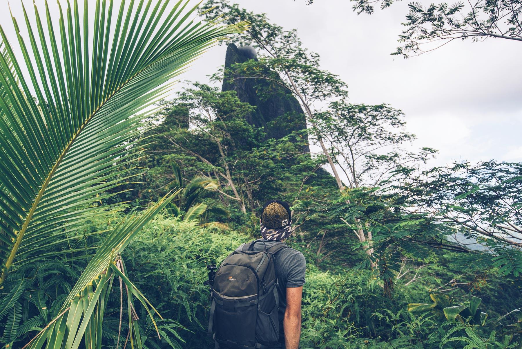 Rando du col des 3 cocotiers, Moorea, Polynésie Française