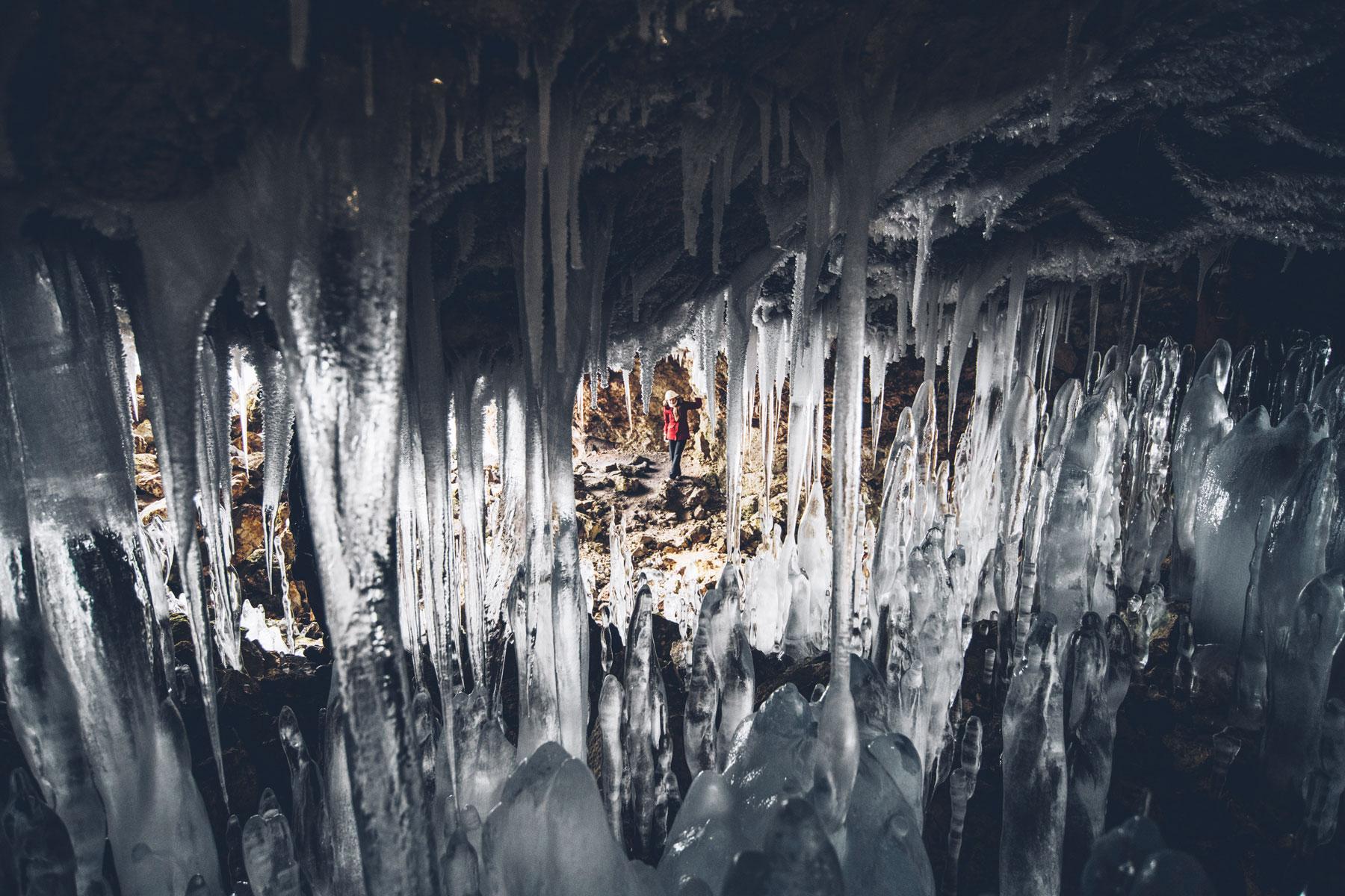Grotte de glace / Ice Cave Hyojun, Hokkaido