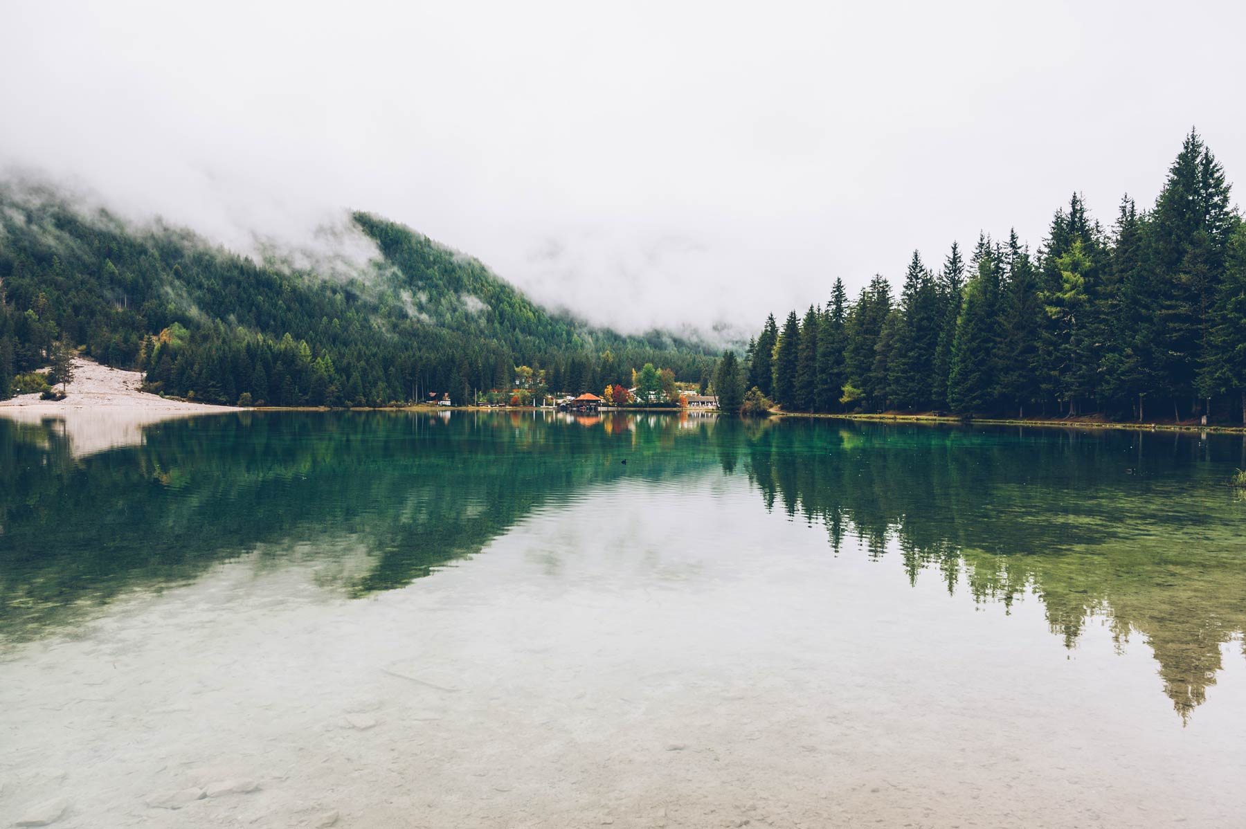 Lago di Dobbiaco, Dolomites