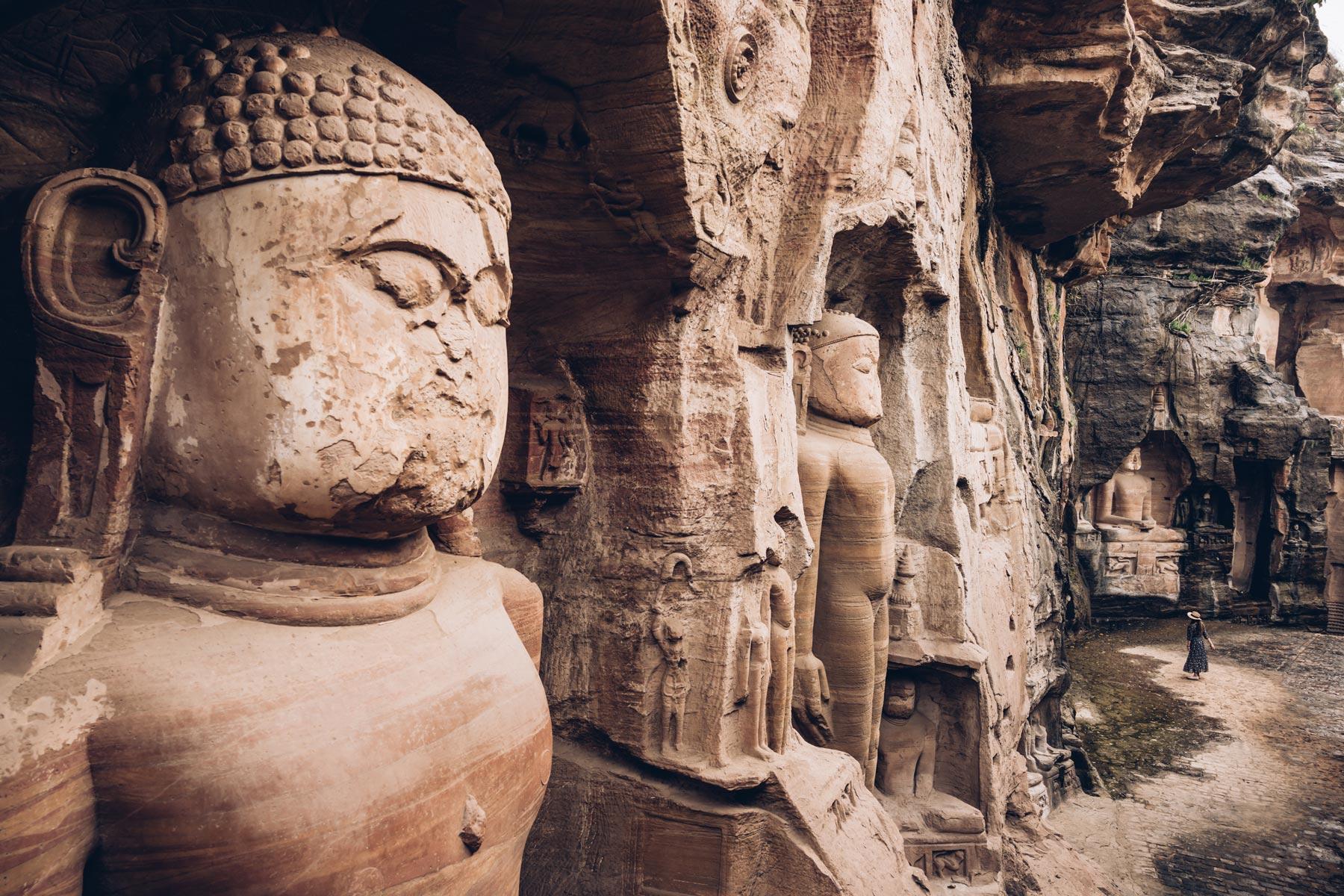Murs sculptés, Gwalior, Inde