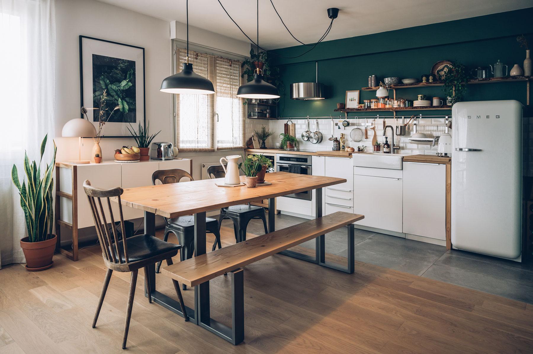 Cuisine inspiration Jura, vert sapin et bois