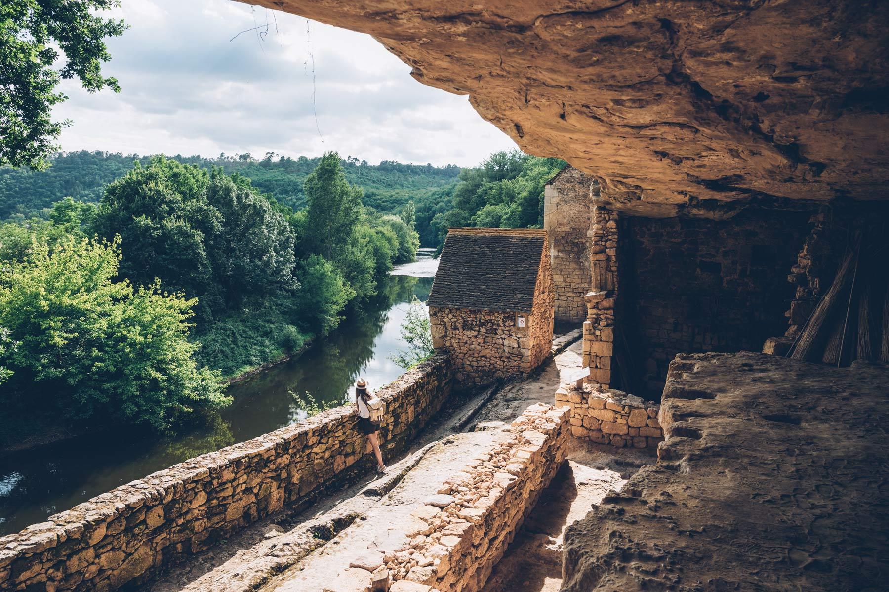 Le village troglodyte de la Madeleine, Dordogne