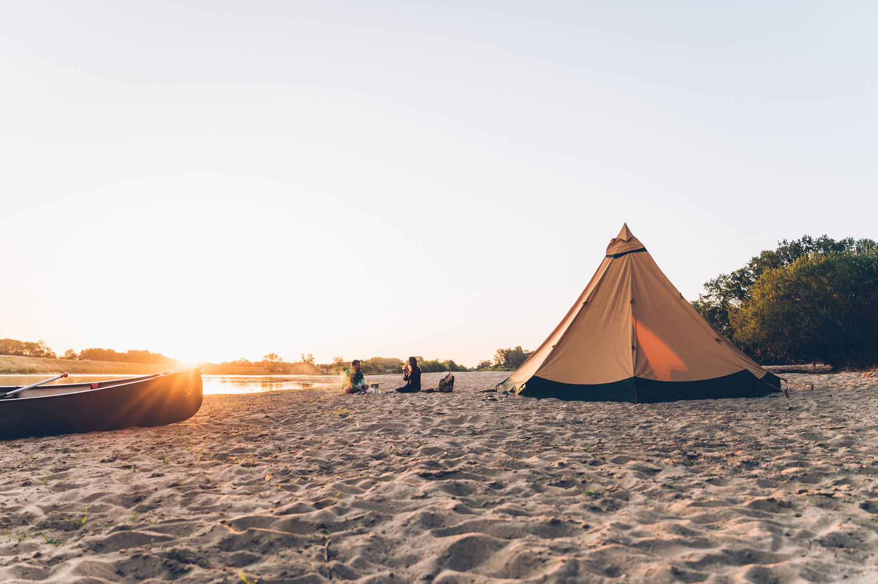 Campement sur la Loire, Destination H2O