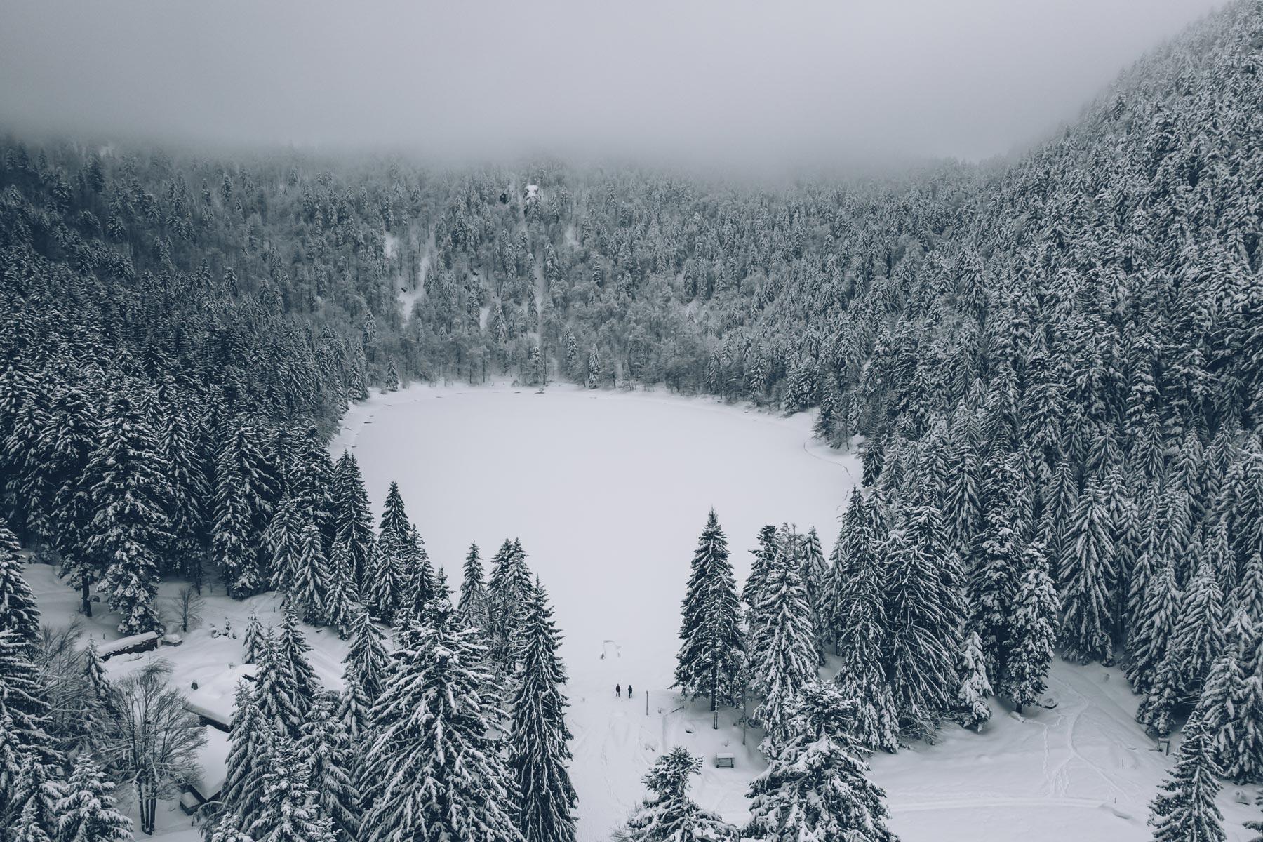 Lac des Corbeaux en hiver, Vosges