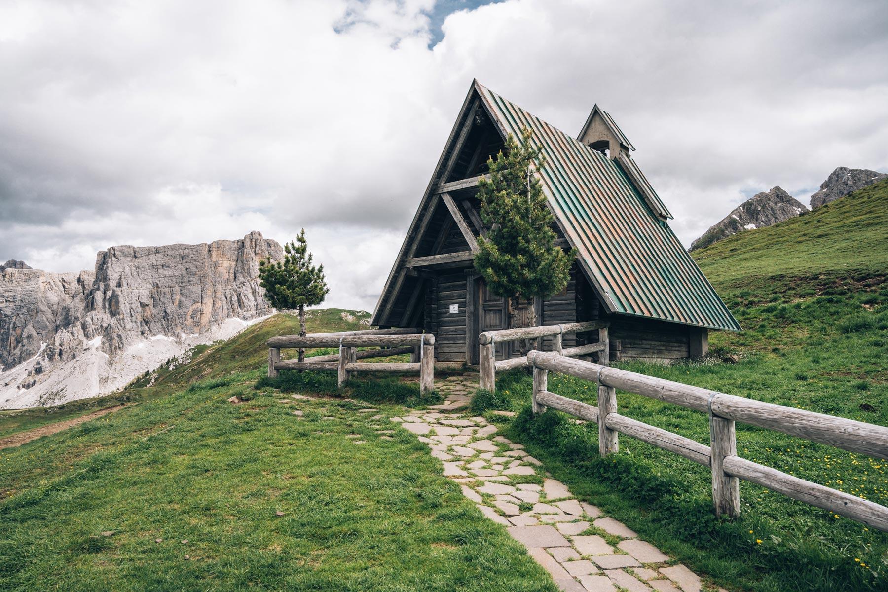 Chapelle Passo Giau, Dolomites