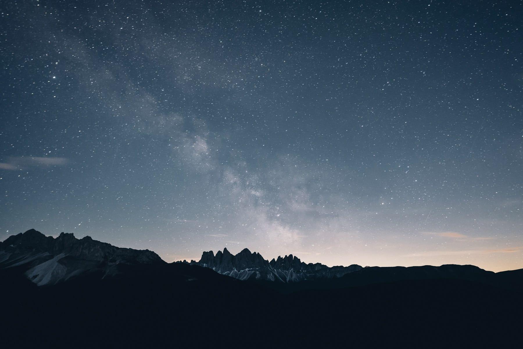 Dolomites sous les étoiles