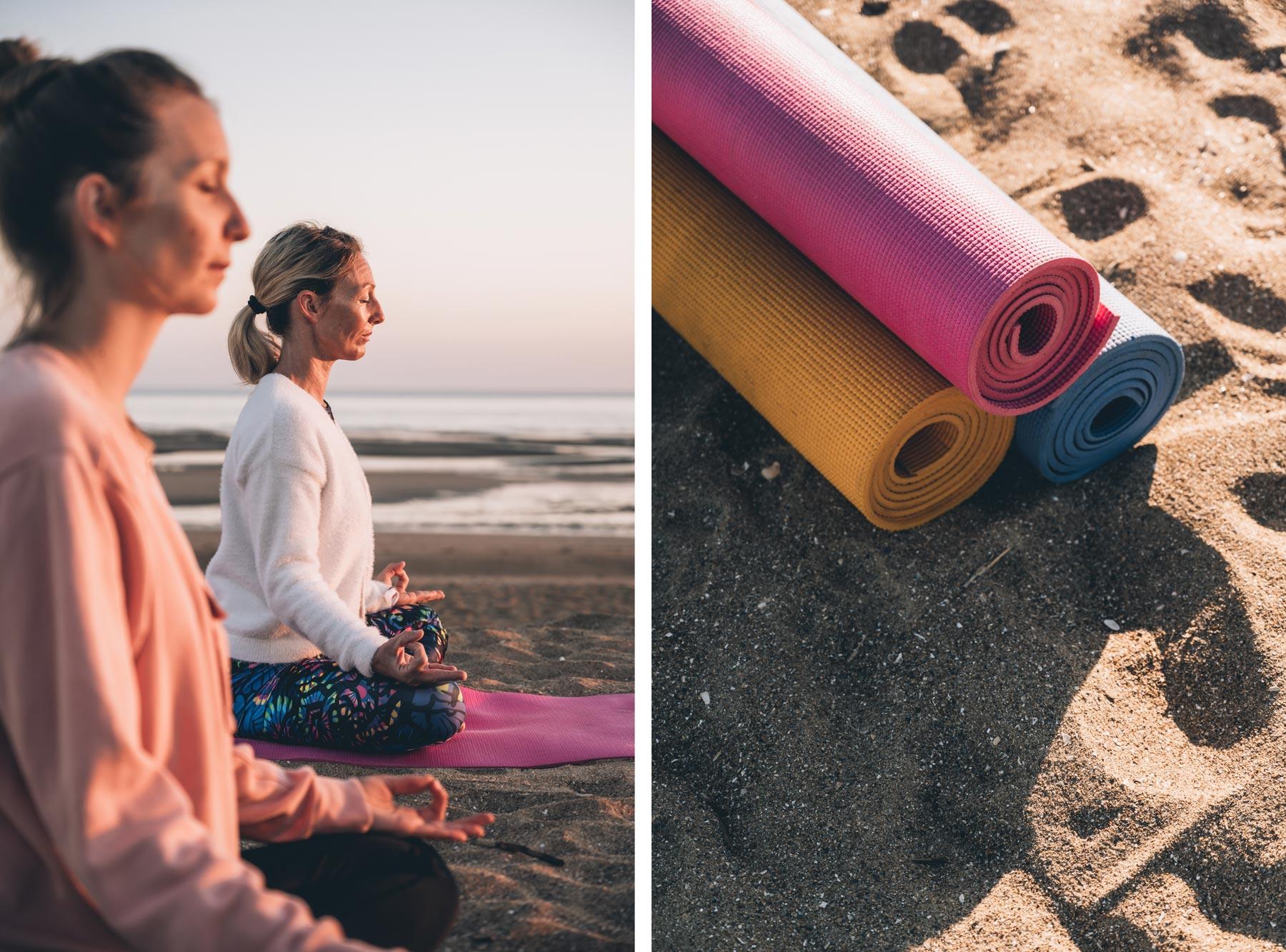 Yoga sur la plage de Merville en Normandie